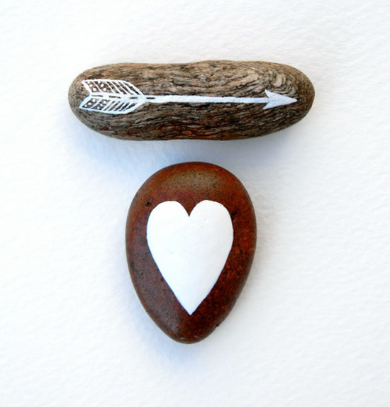 handpainted modern valentine's heart and arrow rocks via pinterest