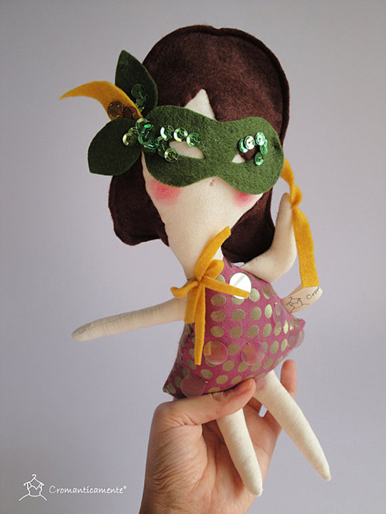 Cromanticamente handmade European dolls on Etsy