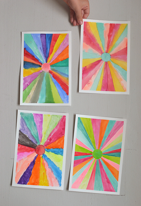 Post image for DIY: sunburst paintings