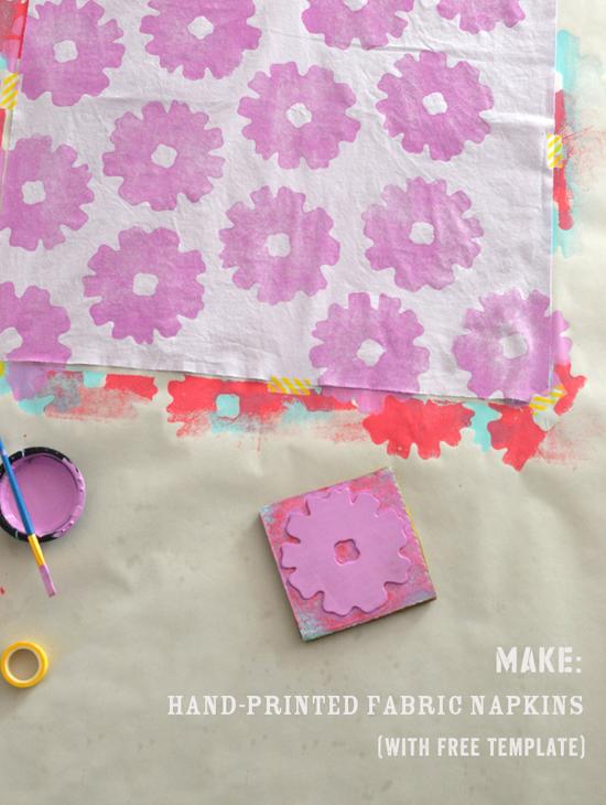 DIY hand printed napkins {with free stencil} | @smallforbig.com