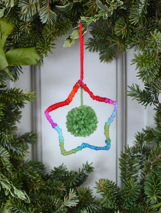 DIY yarn star ornaments ~ holiday craft | small for big