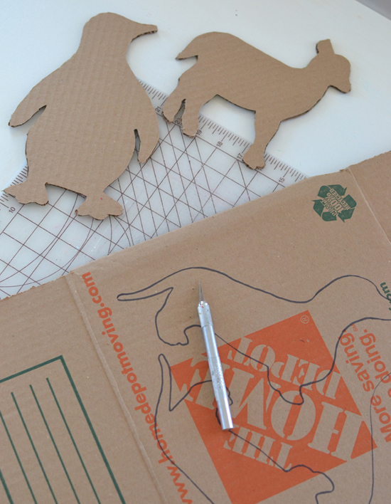 DIY cardboard animals ~ recycled art ~ free templates | @smallforbig