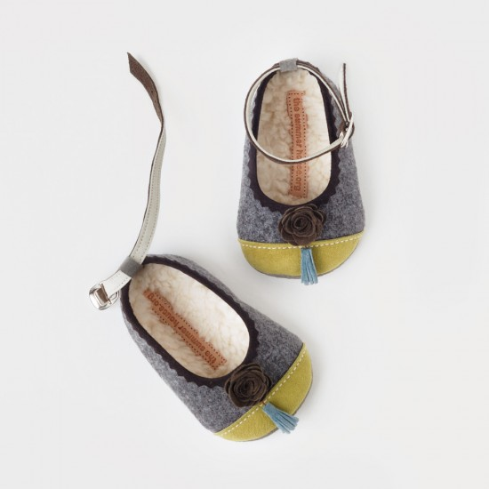 The summer house handmade leather baby shoes
