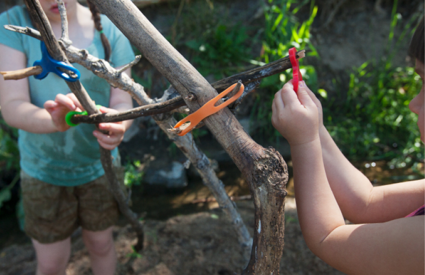Outdoor Construction Toys : Stick lets outdoor construction toy eco friendly