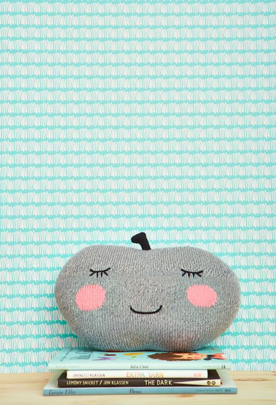 Chasing Wallpaper - Removable wallpaper -Modern Wallpaper for Kids Decor   Small for Big