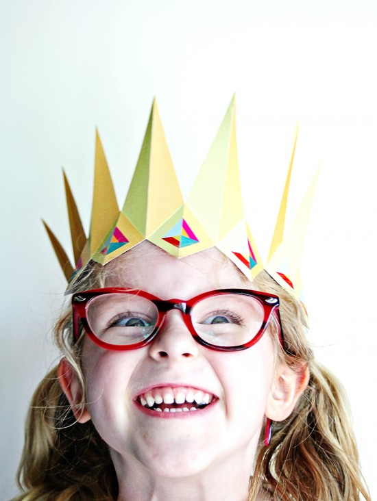 diy printable paper crown - birthday party crowns for kids - party favors
