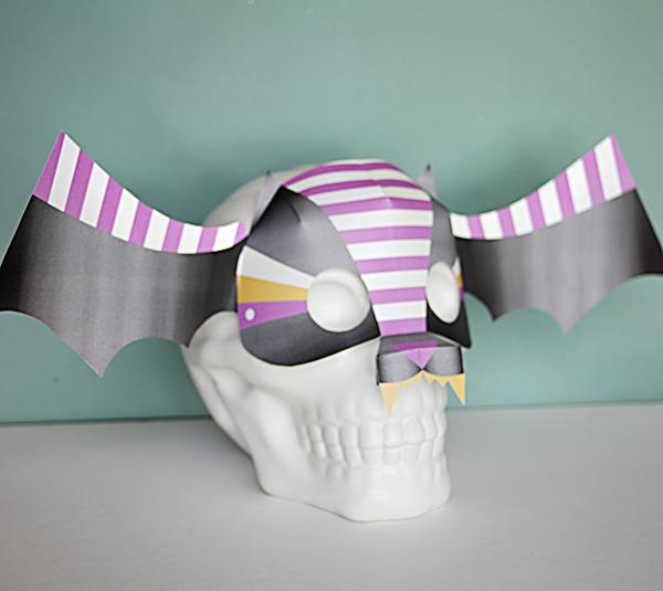 diy bat mask - las tminute halloween printables - cricut hallloween crafts