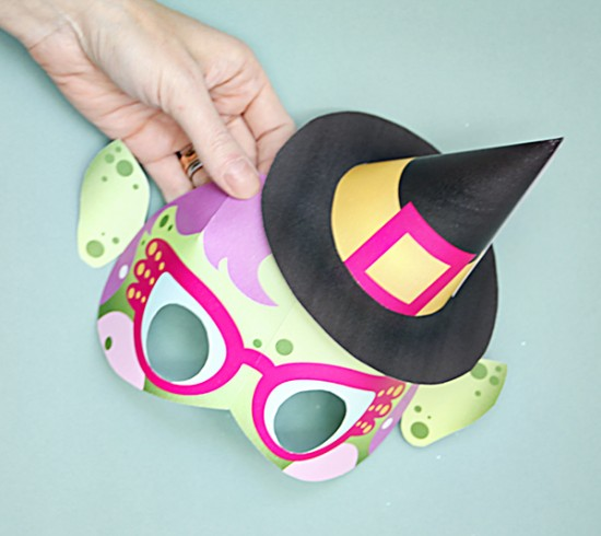 DIY Printable Witch Mask - Halloween Crafts for kids - Last MInute Hallowen Costumes |Small for Big